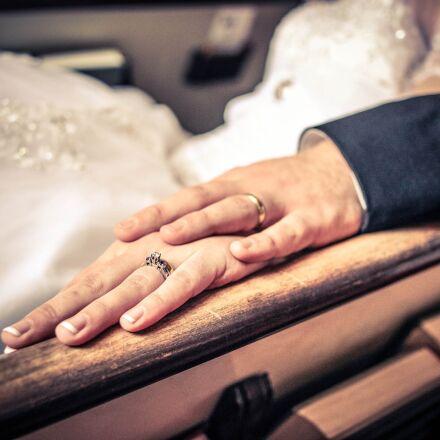rings, wedding, couple, Canon EOS 5D MARK II