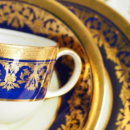tea set, glass, gold, Olympus E-M5
