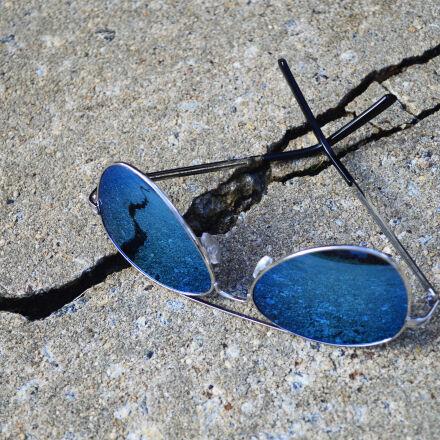aviator, sunglasses, blue, concrete, Nikon D3200