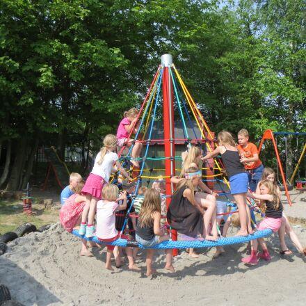 children, playground, climb, Canon IXUS 500 HS