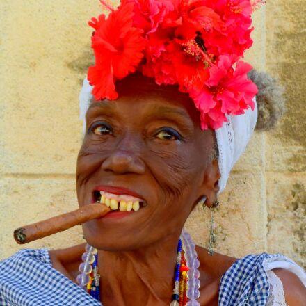 cuba, cigar, cuban woman, Nikon 1 J4