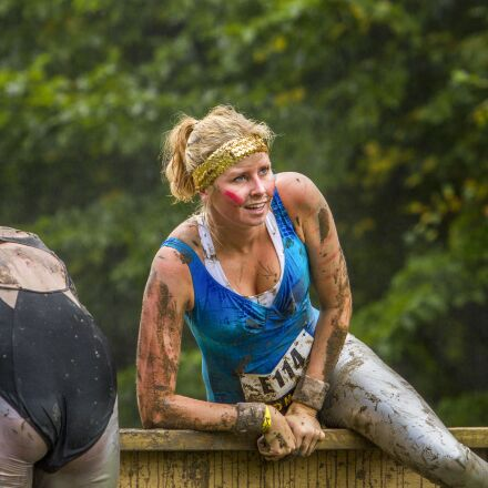 lady, woman, obstacle run, Canon EOS 7D