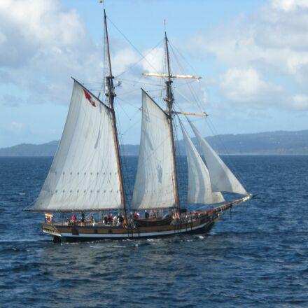 sailing ship, ocean, schooner, Nikon COOLPIX S210