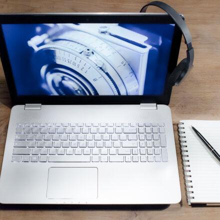 white, black, laptop, computer, Nikon D7000