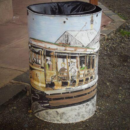 trash, bin, waste, Fujifilm FinePix S2960