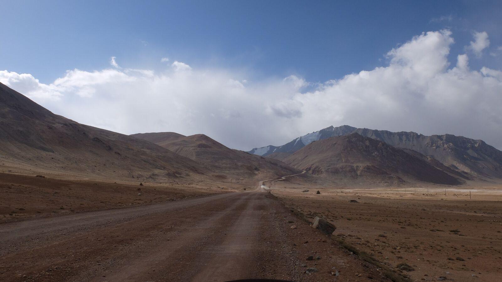 "Fujifilm X30 sample photo. ""Pamir, highway, mountains"" photography"