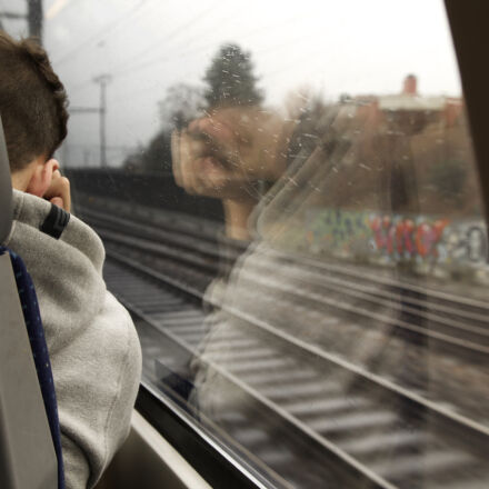 graffiti, hoodie, ipod, listening, Canon EOS 1100D