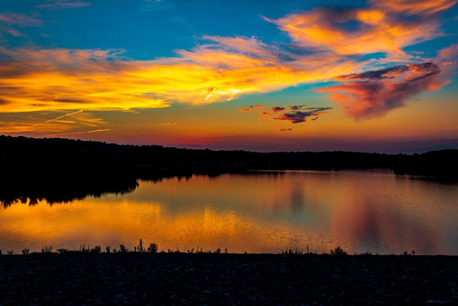 "Canon EOS 70D sample photo. ""Silhouette, lake, dawn"" photography"