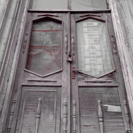 architecture, door, window, Sony DSC-W630