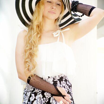 hat, wide-brimmed hat, elegantly, Fujifilm X-A1
