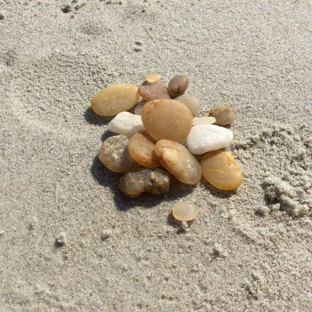 rocks, pile, beach, Apple iPad Air