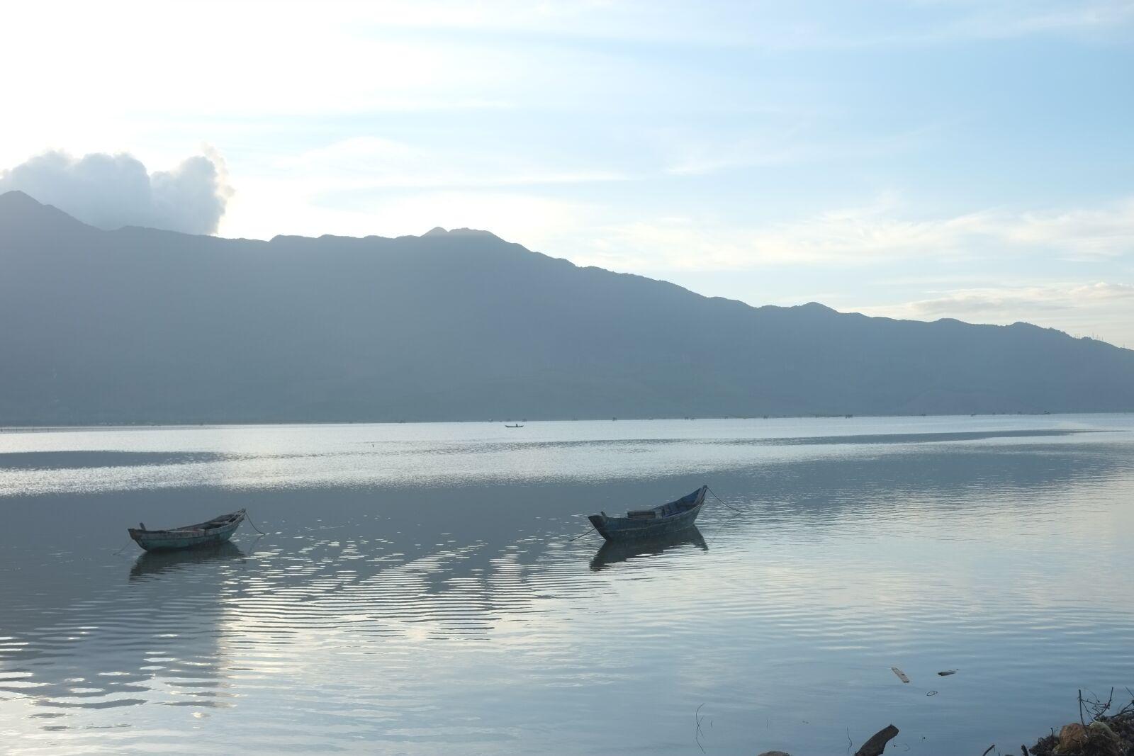 "Fujifilm X-E1 sample photo. ""Lake, daylight, travel"" photography"