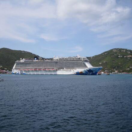 cruise ship, liner, british, Canon DIGITAL IXUS 960 IS