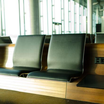 businessman, technology, bus, airport, Nikon D7000
