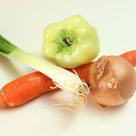 onion, carrot, pepper, Canon EOS 1200D