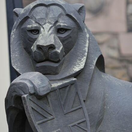 lion, stone sculpture, scotland, Canon EOS 600D