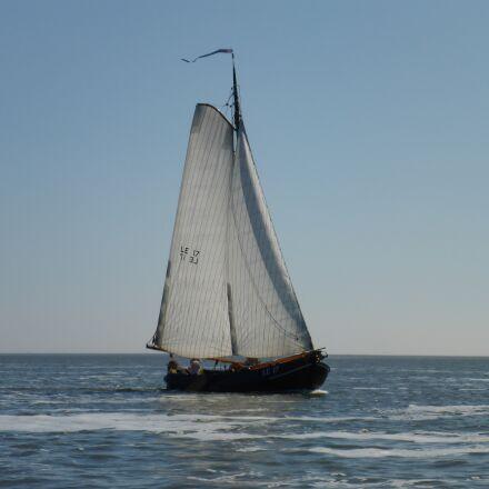 body of water, sea, Panasonic DMC-FT5