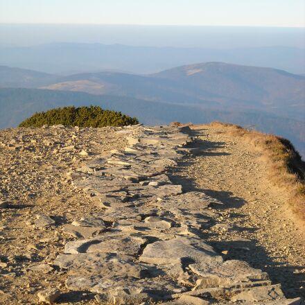 way, trail, babia top, Nikon COOLPIX L18