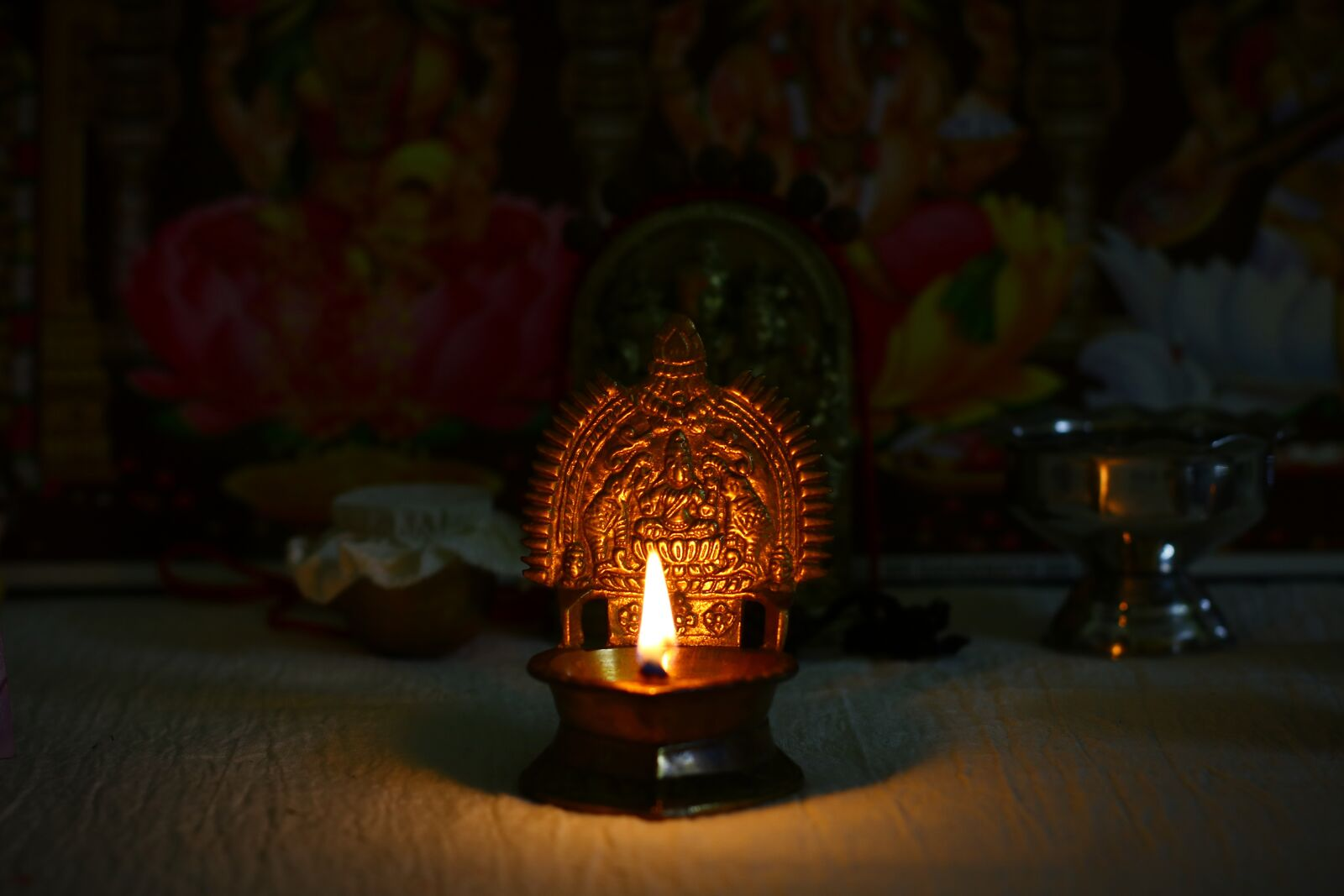 "Canon EOS 760D (EOS Rebel T6s / EOS 8000D) sample photo. ""Light, diwali, hindu"" photography"