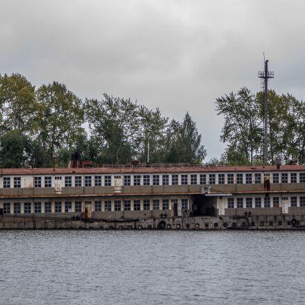 river, ships, cemetery, Canon EOS 550D