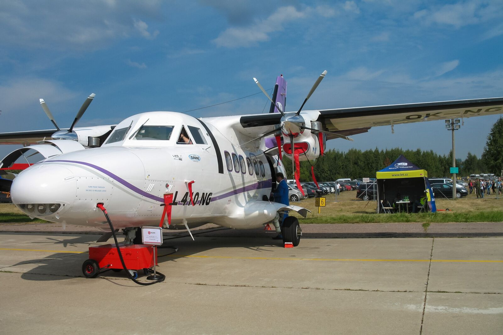 """Canon POWERSHOT A620 sample photo. """"Plane, the show, static"""" photography"""