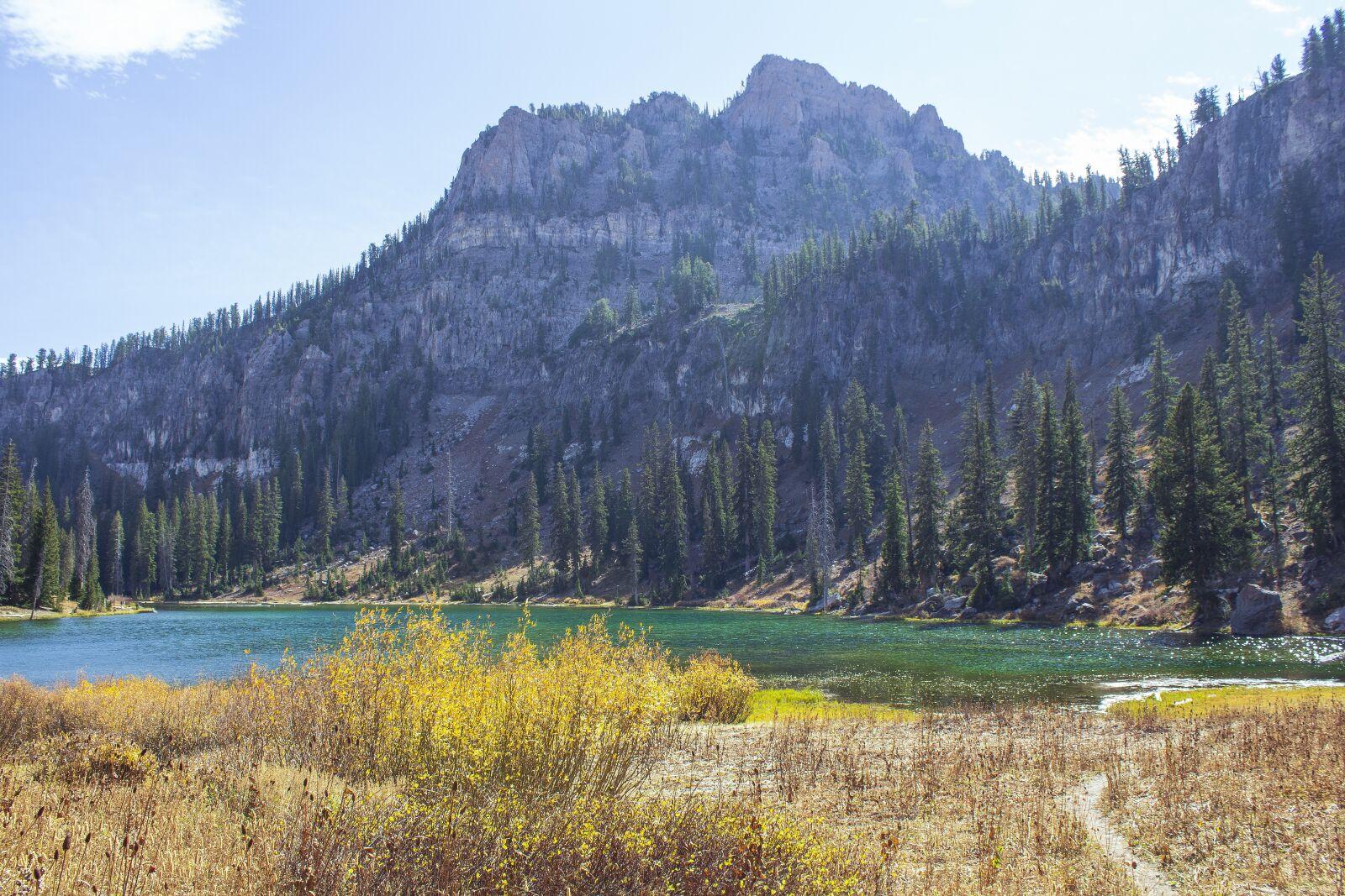"""Canon EOS 600D (Rebel EOS T3i / EOS Kiss X5) sample photo. """"Lake, mountain, trail"""" photography"""